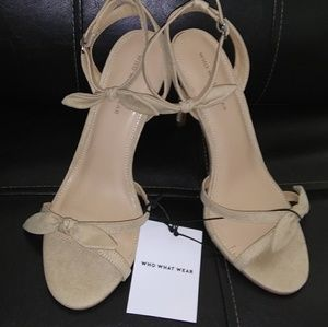 "🆕 NWT & box Who What Wear taupe Eden heel 4"" bows"